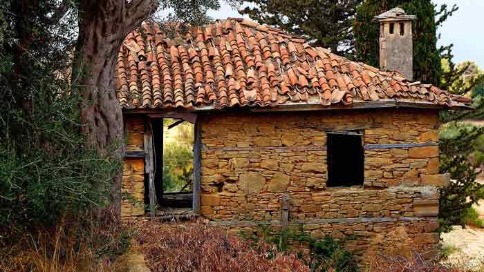 аварийный дом, старый дом, развалины